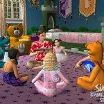 Скриншот The Sims 2: Family Fun Stuff – Изображение 1