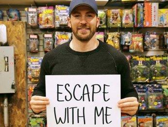 Капитан Америка устроил квест для посетителей магазина комиксов
