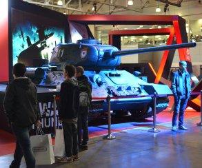 На стенде War Thunder на «ИгроМире» разместили настоящие танки