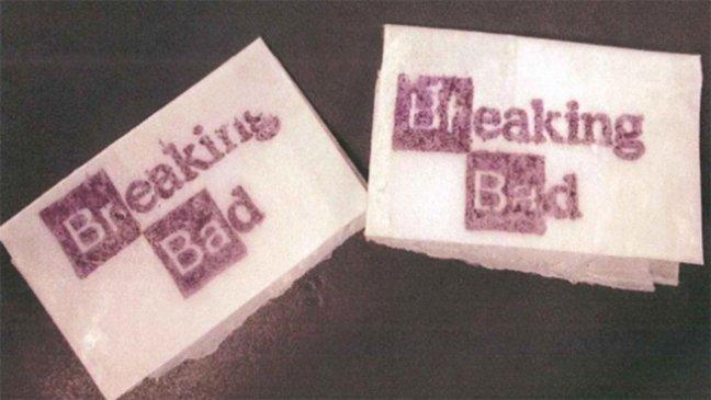 Двоих ньюйоркцев обвинили в продаже героина с логотипом Breaking Bad - Изображение 1