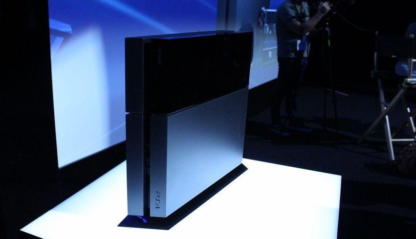 В марте Xbox One снова уступила PS4 по продажам в США  - Изображение 1