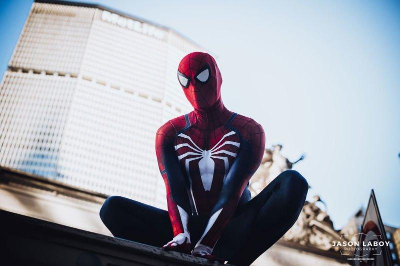 Косплей Человека-паука в его естественной среде обитания - Изображение 5