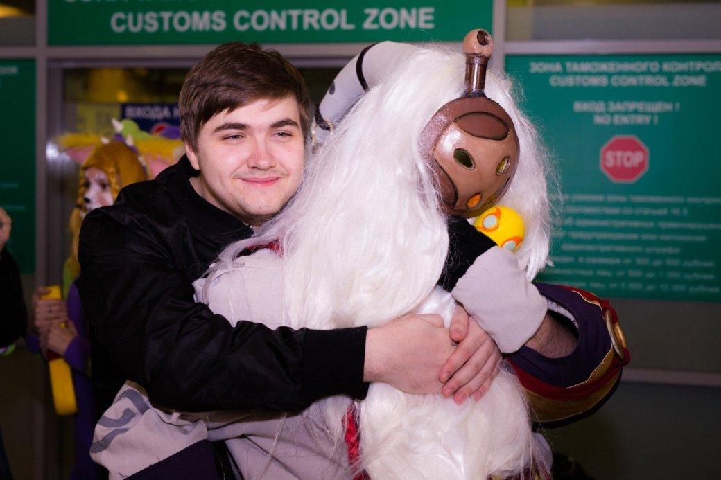 Фанаты встретили Albus NoX Luna в Шереметьево как героев - Изображение 5