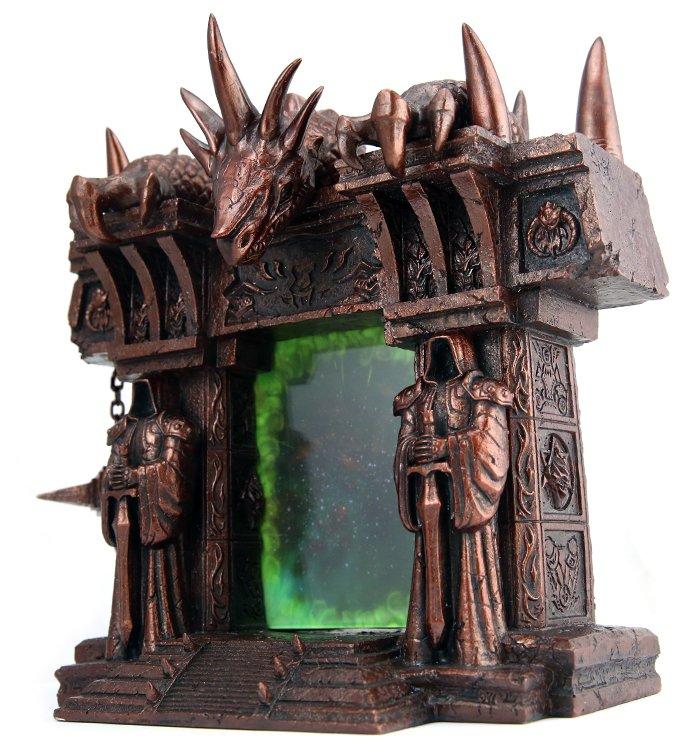 Лучший подарок фанату Warcraft – фоторамка «Темный портал» - Изображение 1