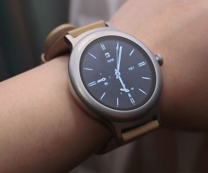 LG и Google представили две модели «умных» часов на Android Wear 2.0