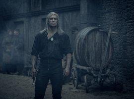Вролике «Ведьмака» показывают новые кадры исъемки сериала