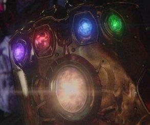 Новые постеры фильма «Мстители: Война Бесконечности»! Неужели Камень Души у него?