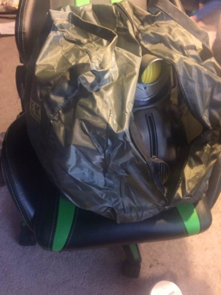 Купившие коллекционку Fallout 76 за $200 обнаружили вместо крутой холщовой сумки нейлоновую дешевку | Канобу - Изображение 2