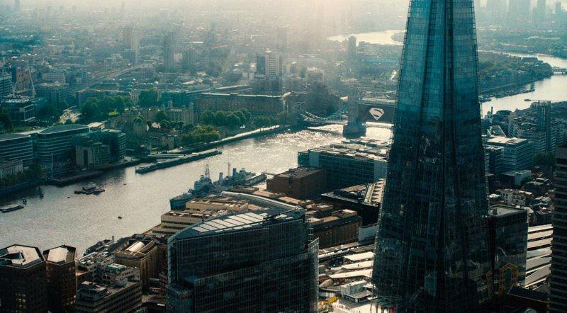 Тренды 2017: кино. Лондон вместо Голливуда, неудачные гальванизации ипровалы новых вселенных. - Изображение 2
