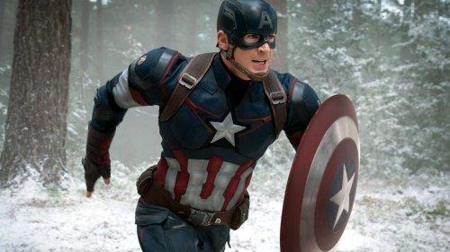 Капитан Америка делает щелчок в битве с Таносом на фанатском арте «Мстителей: Финал»