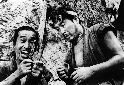 Лучшие фильмы о самураях к выходу Ghost of Tsushima