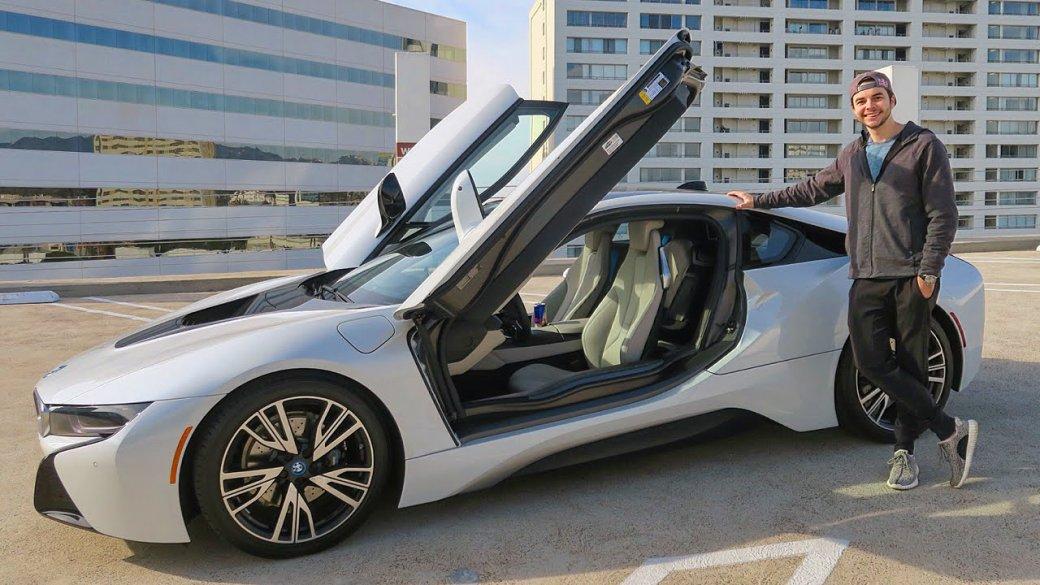 Porsche Panamera GTS, Mercedes-Benz E-Class, BMW i8. На каких тачках ездят известные киберспортсмены. - Изображение 1
