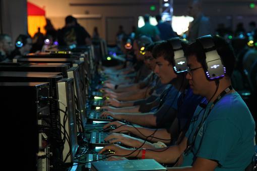 Четыре игры в одной. Интервью с разработчиками StarCraft II: Heart of the Swarm | Канобу - Изображение 2