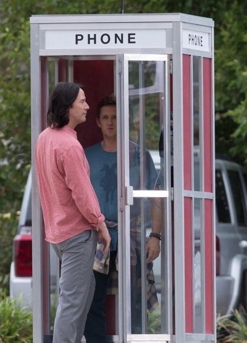 Авот ипервые кадры третьей части «Билла иТеда». Стой самой телефонной будкой! | Канобу - Изображение 3
